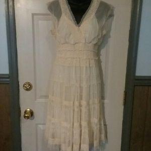 Max Studio cream lace beautiful dress